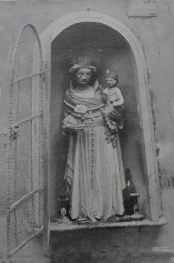 Vierge gothique, Perpignan, vers 1900.