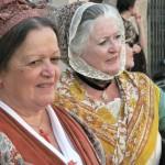 Pays d'Arles en costumes