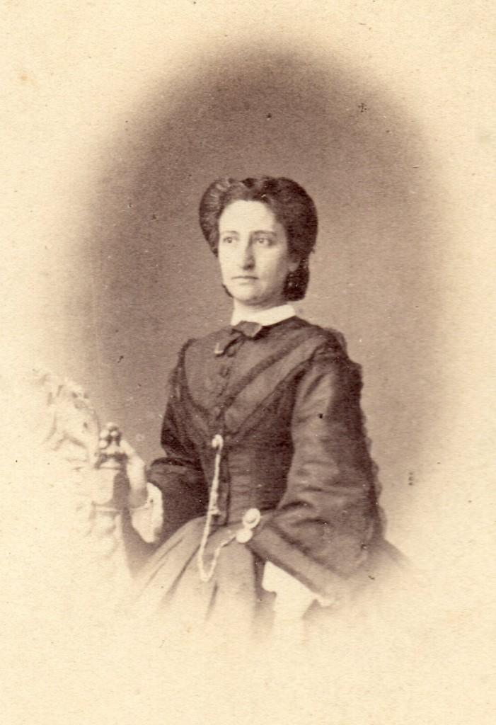 Catalane, vers 1860.