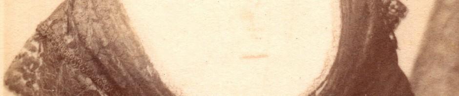 Photographie des Arts, Arlésienne.