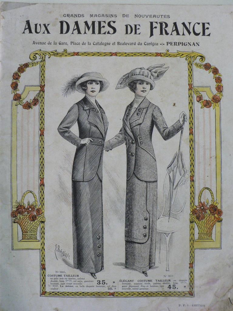 Robes entravées aux Dames de France.
