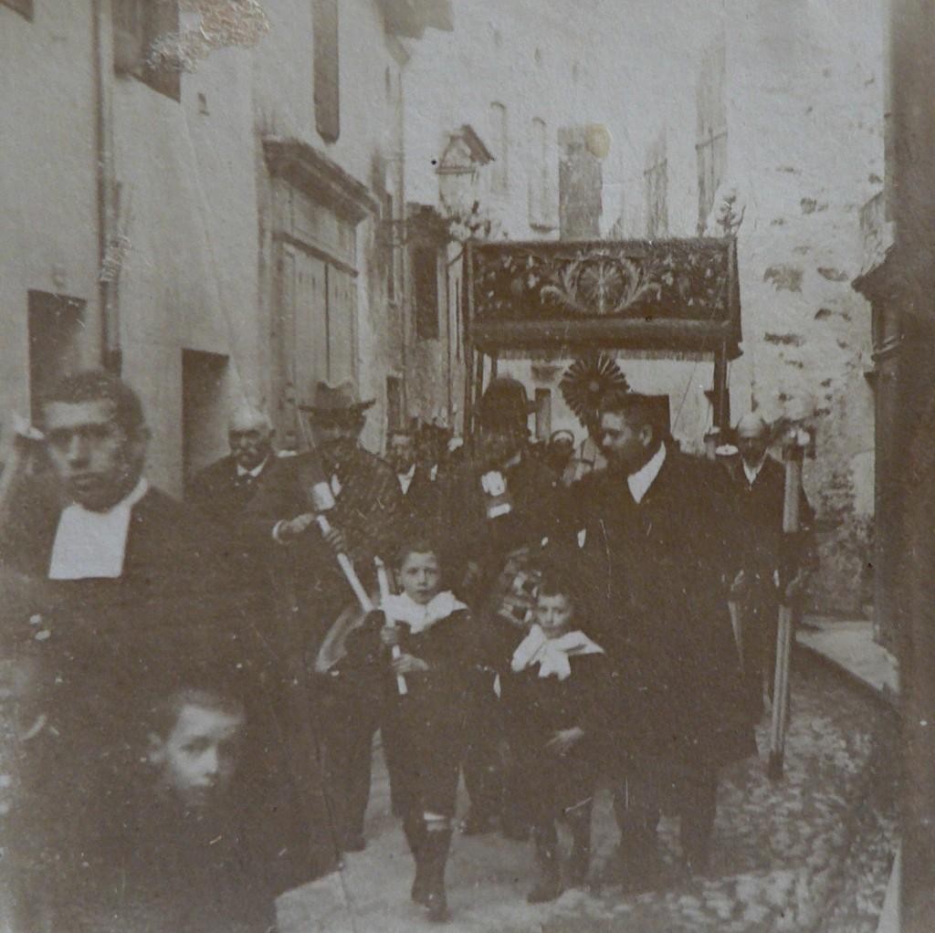 Procession à Prades (66)