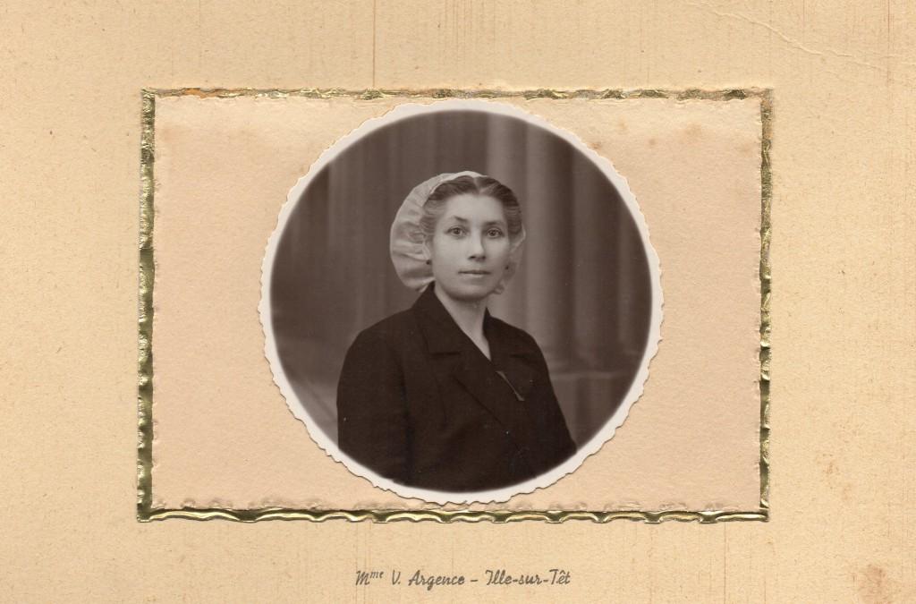 Portrait de femme, Ille sur Tet, vers 1930, Photo Argence.