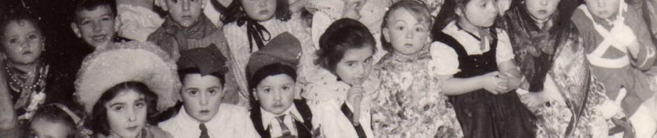 Bal d'enfants pour le carnaval de Perpignan début XXe s.