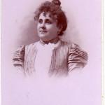 Lucie Salamo, cliché Canac à Perpignan