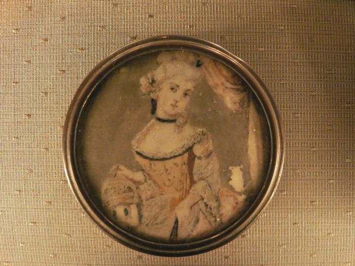 Miniature, portrait de femme, XVIIIe s.