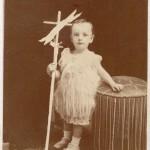 Photo Provost, Perpignan, saint Jean-Baptiste enfant.