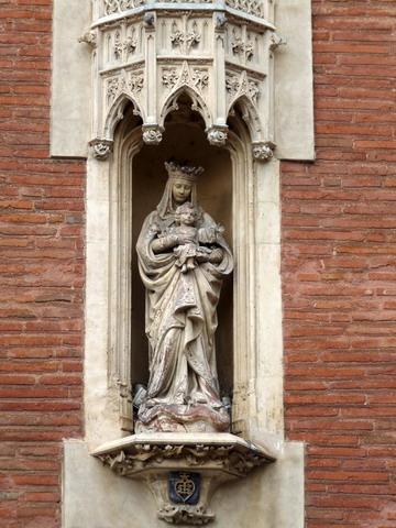 Perpignan porte Notre-Dame côté ville_red