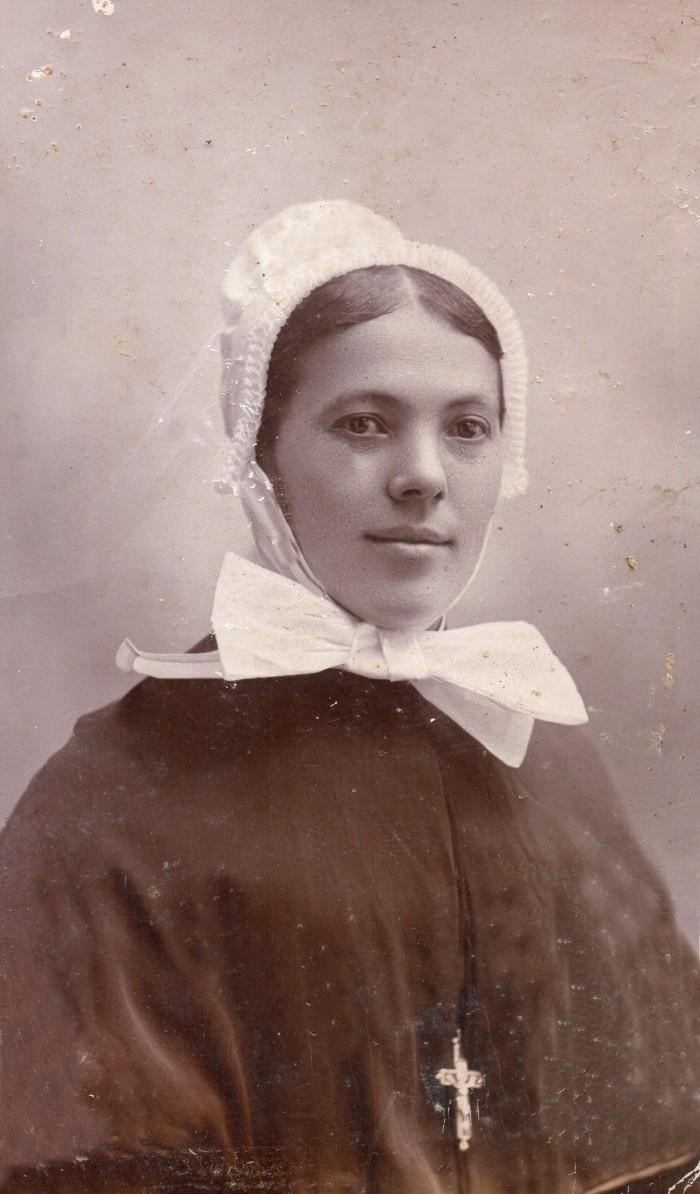 Femme grigny