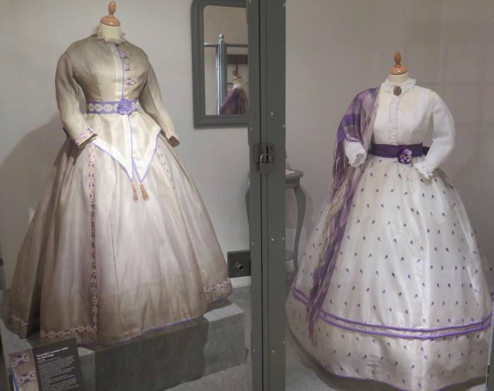 partie des robes à crinolines