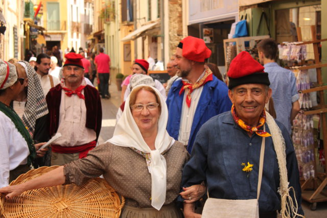 le Temps du Costume roussillonnais en costume de pecheurs