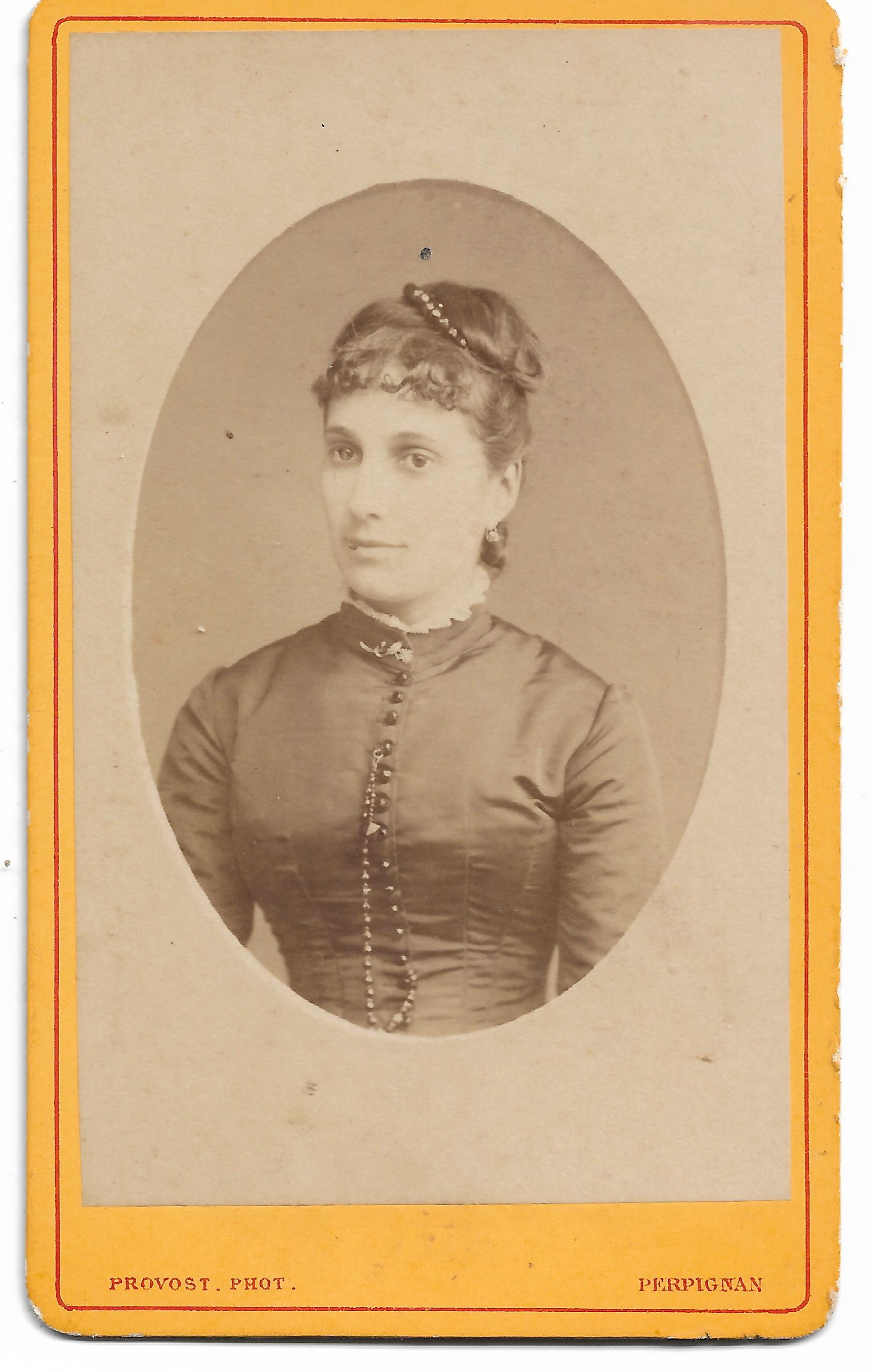 portrait de femme provost photographe perpignan vers 1877 institut du grenat. Black Bedroom Furniture Sets. Home Design Ideas